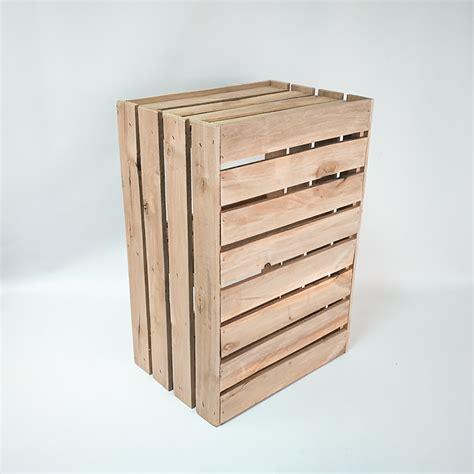 Galda stendi riekstiem - dizains & ražošana | colorwoodlatvia.lv