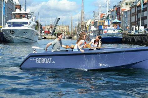 The Go Boat by Goboat With The Opera In The Background Foto Go Boat