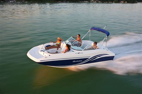 Speedboat Io by Hurricane Sundeck Sd 187 I O A Small But Sweet Deckboat