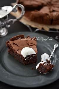 Backen Mit Kinderschokolade : die besten 17 ideen zu schokoladenkuchen auf pinterest feuchte kuchenrezepte und geburtstagskuchen ~ Frokenaadalensverden.com Haus und Dekorationen