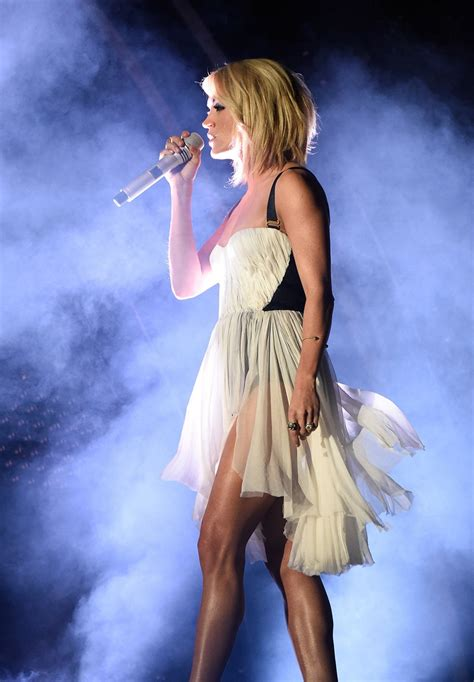 carrie underwood legs amazing workout leg grammys glamour erin oprea fitness trainer workouts exercises master there