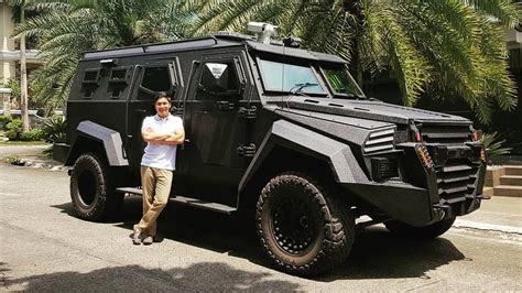 coco martin poses   inkas sentry armored personnel