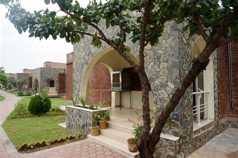 Home Pictures In Islamabad by Sos Children S Villages Pakistan A Loving Home For Every