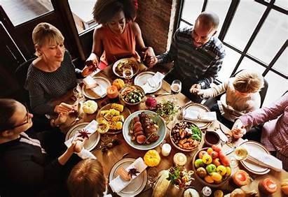 Thanksgiving Dinner Holiday Celebrating Celebration Families Prayers
