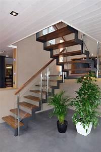 Escalier En U : style ferro escalier int rieur avec limon cr maill res ~ Farleysfitness.com Idées de Décoration