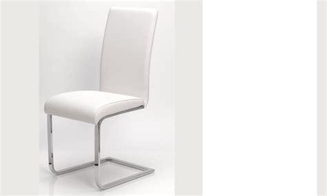 chaise blanche salle a manger chaise salle a manger blanche en pu et acier design etna