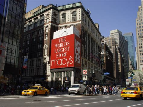Macy's To Shut Down 100 Stores, But It Has An Advantage