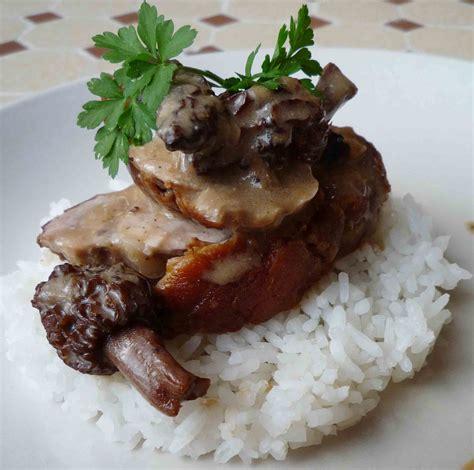 cuisine filet mignon filet mignon de porc aux morilles pour 4 personnes recettes à table