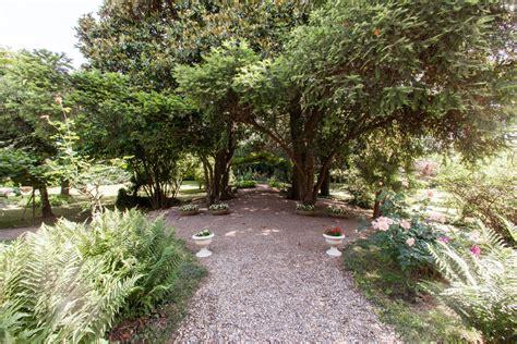 terrazzo o terrazza giardino e terrazza villa triulzo