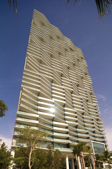 Arquitectonicas Miami Waterfront Tower Has A Crinkled