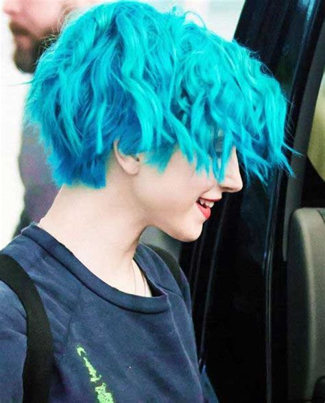 Blue Short Hair Combinations And Pixie Haircut Ideas For