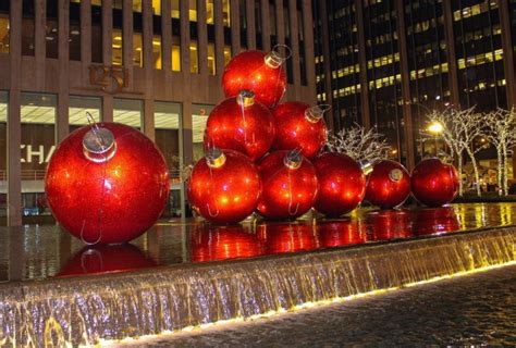 christmas decoration around nyc in new york nyc s best attractions
