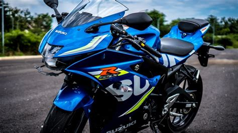 Review Suzuki Gsx R150 by Review Suzuki Gsx R150 Cicilan Motor Ringan Moladin