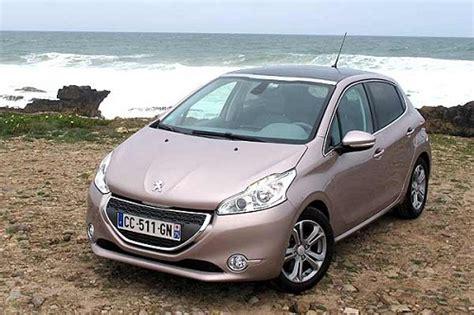 Gambar Mobil Peugeot 208 harga mobil peugeot terbaru 2019 otomaniac