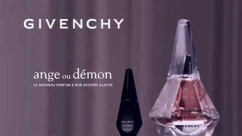 8 Best Parfums Blogue Images On Pinterest