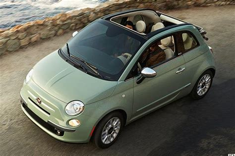 Fiat Per Gallon by 10 Fuel Efficient Convertibles For Late Summer Cruising