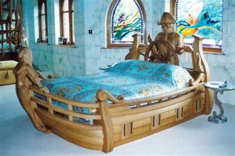 hands  deck   boat beds design dazzle