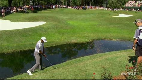 Tiger Woods hit one of the worst shots of his career in ...