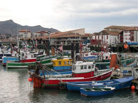 port de st jean de luz photo de vacances en pays basque mars 2007 chez la froguette
