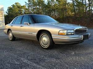 Purchase Used 1996 Buick Park Avenue Base Sedan 4