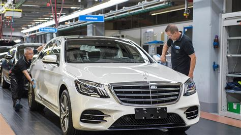 S Class Facelift 2018 by 2018 Mercedes S Class Drove Itself The Production Line