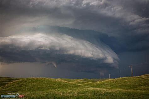 impressive supercell clouds  funnel  nebraska