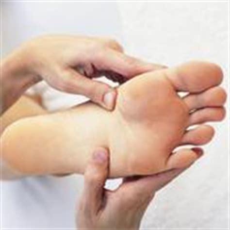 pied de le boule verrue plantaire sympt 244 mes et traitements de la verrue plantaire