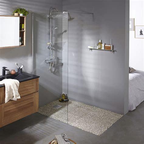 r 233 nover sa salle de bain