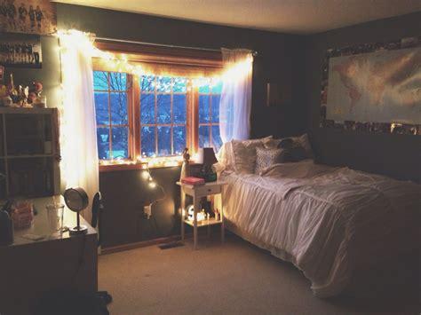 Tumblr Bedroom Ideas With Lights Womenmisbehavincom
