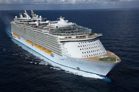 The Worldu2019s Largest Cruise Ship Allure Of The Seas U00abTwistedSifter
