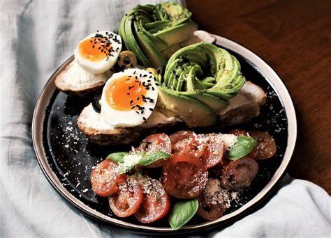 Romantiskas receptes: avokado sviestmaizes romantiskām ...