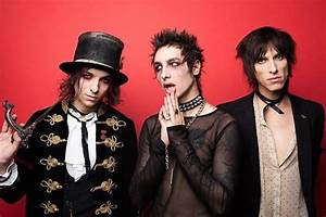 Palaye Royale U0026 39 S New Era Realized On  U0026 39 Hang On To Yourself U0026 39