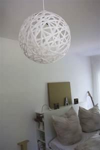 Lampe Für Bilder : diy wie du eine faden lampe perfekt rund hinbekommst ~ Lateststills.com Haus und Dekorationen