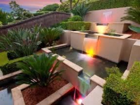 Modern Small Falls House Garden Interior Design Ideas