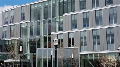 Umass Lowell To Officially Open New Business School