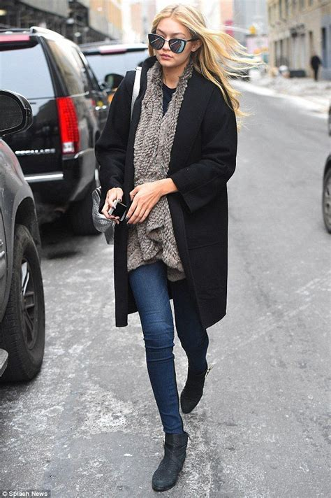 Achieve the Model-Off Duty Look - Outfit Ideas HQ