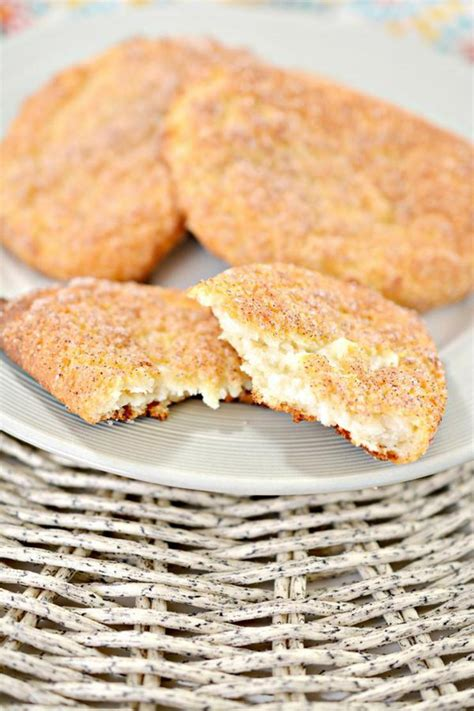 Baked cheese chips is a flavorful and crispy snack that's way what's your favorite cheese and how do you like to serve it? Keto Cinnamon Cream Cheese Pockets - BEST Low Carb Keto ...