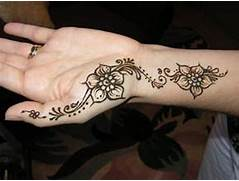 here are some easy henna mehndi designs which are looking cute  Easy Hand Henna