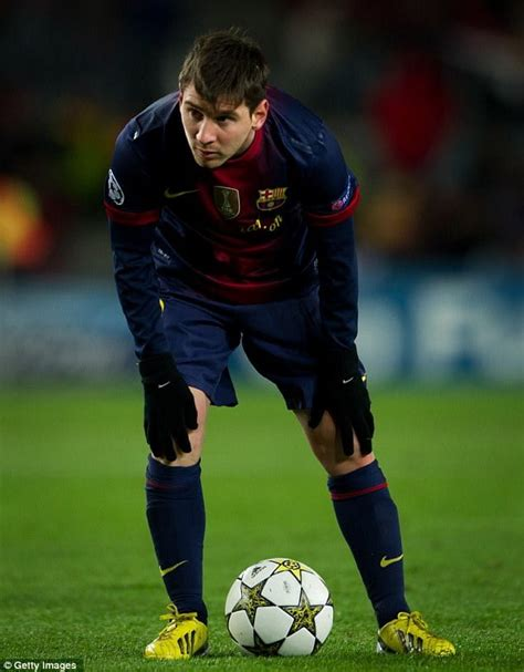 Aug 05, 2021 · the race to sign one of soccer's greatest players is on. Lionel Messi turned down £205million move to Russian club ...