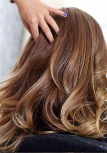 Couleur Cheveux Chocolat Caramel : les 25 meilleures id es de la cat gorie cheveux chocolat ~ Melissatoandfro.com Idées de Décoration