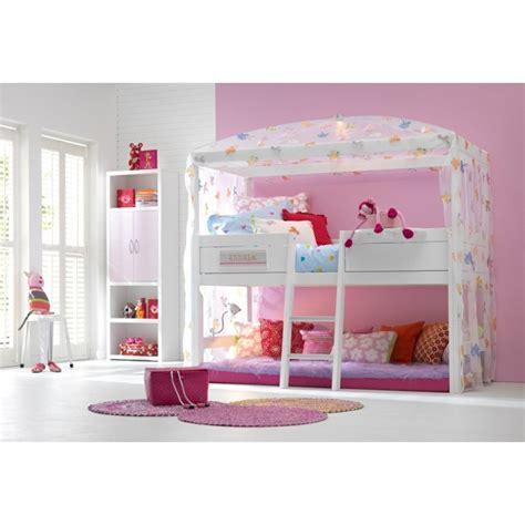 idee decoration chambre garcon le lit cabane fille idées en images