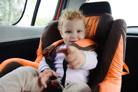 enfant sans siege auto le si 232 ge auto lequel et 224 quel 226 ge