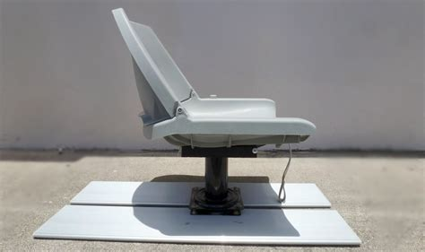 Diy Folding Boat Bench Seat by Do It Yourself Swivel Fishing Seat Platform For Kaboats