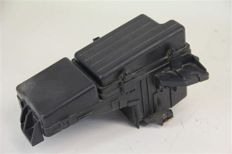 04 Honda Accord Fuse Box by Honda Accord 03 04 Fuse Relay Box Lx 3 0l Oem