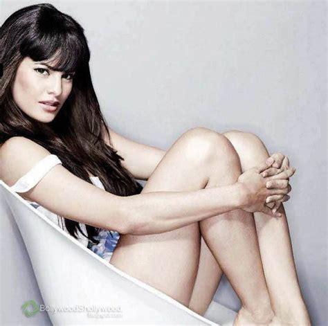 Jacqueline Fernandez Hot Hd Wallpapers News Flip Celebrities Wallpapers Photos Pics