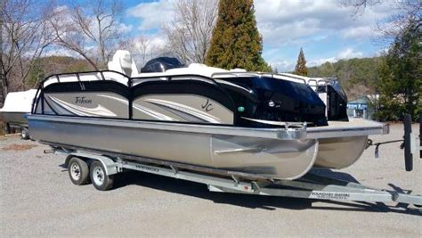 Jc Tritoon Boat Covers by Jc Tritoon Pontoon Boats For Sale Boats