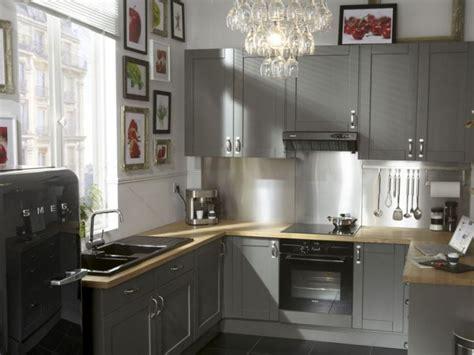 relooking cuisine idée relooking cuisine cuisine grise mobilier déco