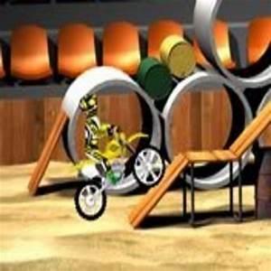Jeu De Course En Ligne : jeu de moto avec des obstacles ~ Medecine-chirurgie-esthetiques.com Avis de Voitures