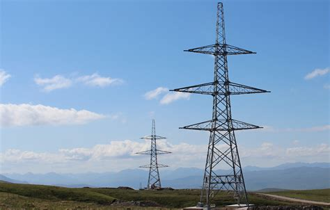 power bosses hope public learn  accept giant pylons