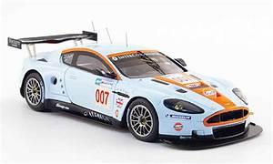 Aston Martin Miniature : aston martin dbr9 miniature amr le mans 2008 spark 1 43 voiture ~ Melissatoandfro.com Idées de Décoration